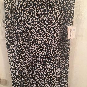 Lu LaRou Cassie skirt size XL